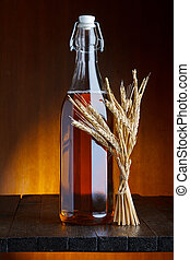 Una botella de cerveza con trigo