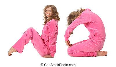 Una chica con ropa rosada que dice NO, collage