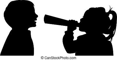 Una chica hablando con el megáfono