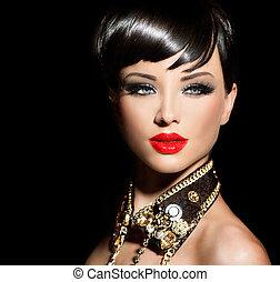 Una chica modelo de belleza con pelo corto