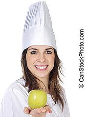 Una cocinera atractiva