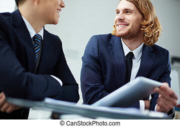 Una discusión de negocios
