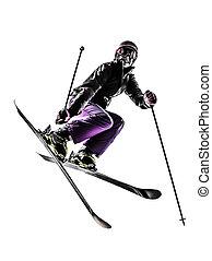 Una esquiadora de estilo libre saltando silueta