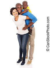 Una familia africana de tres caballitos