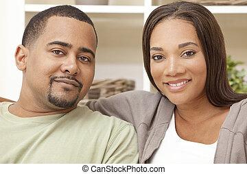 Una feliz pareja americana