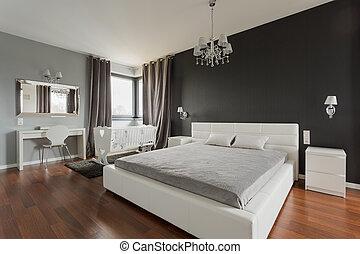 Una gran cama doble