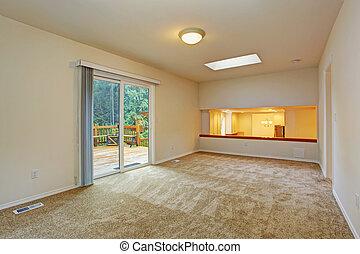 Una habitación vacía con plataforma de salida