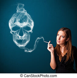 Una joven fumando un cigarrillo peligroso con humo tóxico de cráneo