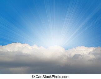 Una luz solar con nubes