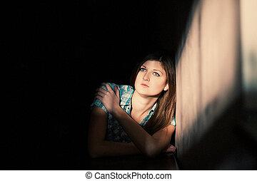 Una mujer que sufre de una depresión severa