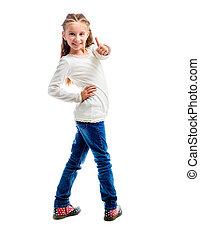 Una niña con el pulgar arriba