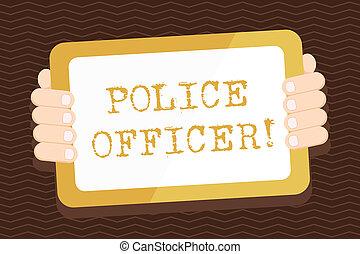 Una nota que muestra a un oficial de policía. La foto de negocios muestra una demostración de que es un oficial del equipo de las fuerzas de la ley Colort Smartphone Tablet con Screen Handheld Back of Gadget.