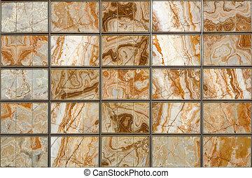 Una pared de mármol