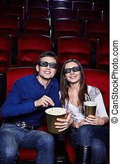 Una pareja en el cine