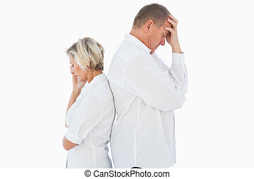 Una pareja molesta no se habla después de la pelea
