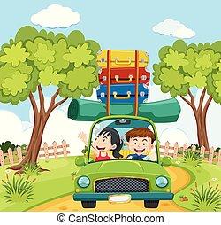 Una pareja viaja en la naturaleza