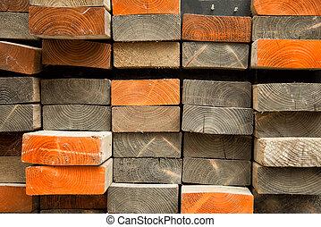 Una pila de madera