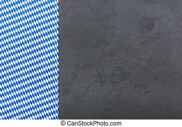 Una placa de pizarra con un patrón de diamante bavario