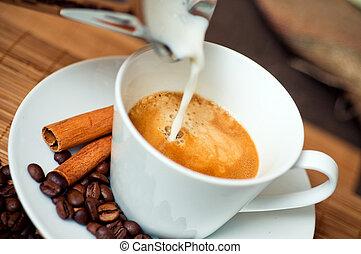Una taza de café delicioso