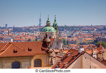 Una vieja vista en Praga, Cheche.