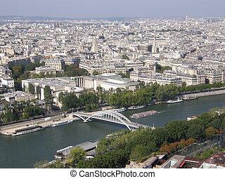 Una vista aérea de París