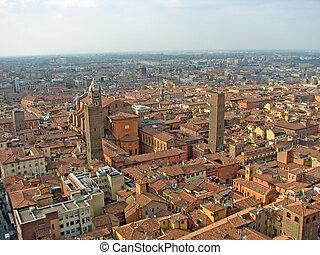 Una vista aérea sobre la ciudad de Bolonia en la región de Emilia romagna en Italia