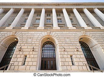 Una vista amplia del ángulo del renacimiento italiano de oficinas de renacimiento de Washington DC
