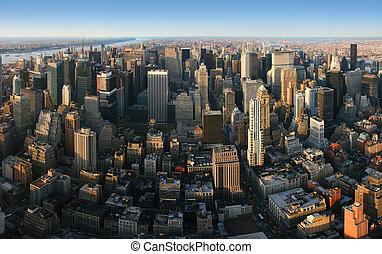 Una vista panorámica aérea sobre Manhattan, Nueva York
