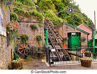 vía férrea funicular