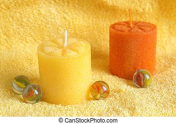 Velas de Aromaterapia en una toalla