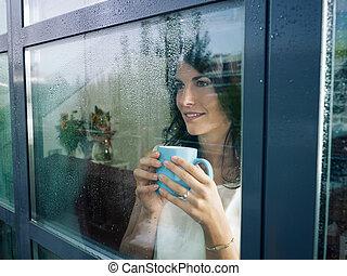 ventana, mujer, mirar fijamente