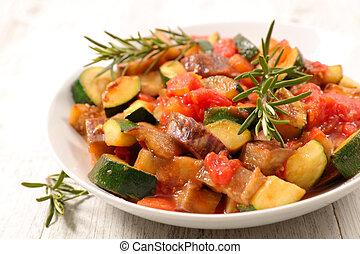 Verdura a la parrilla con salsa y hierba
