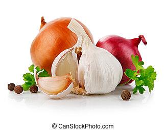 Verduras de ajo y cebolla con especia de perejil