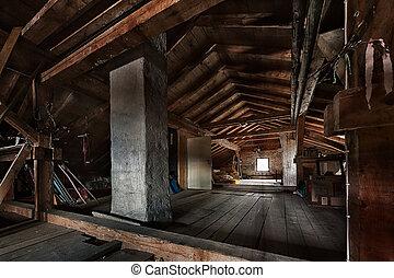 viejo, de madera, techo, armazón, ventana, ático, estructura