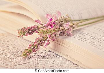 viejo, flores, libro