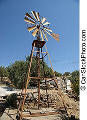 Viejo molino de viento del rancho