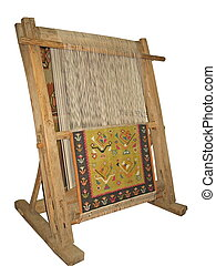 Viejo telar de madera aislado