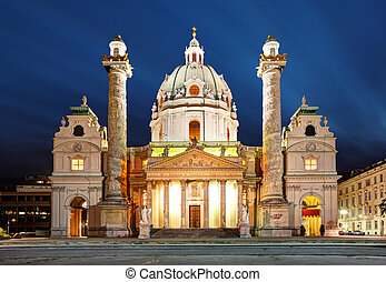 Viena de noche, iglesia de San Carlos, austria