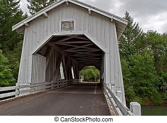 Vintage hoffman White cubrió el puente