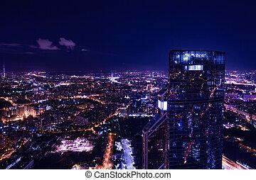 Vista aérea por la noche