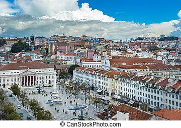 Vista de rossio Square en el lisbo central, Portugal