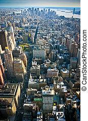 Vista sobre el manhattan de abajo de Nueva York