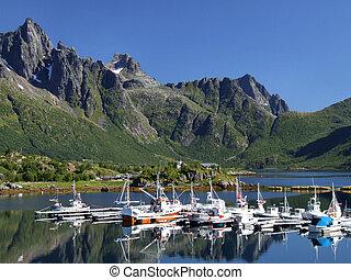 Yate escénico marina en Norway
